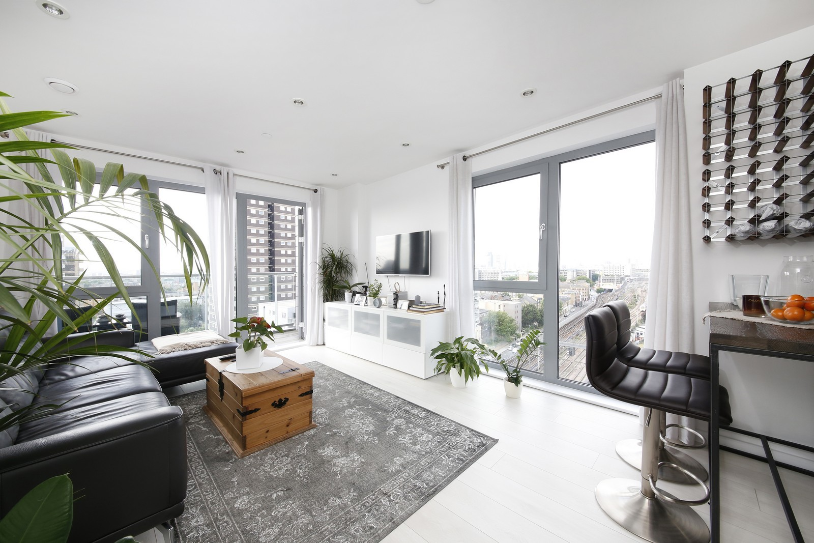 2 BEDROOM FLAT WILSON TOWER For Sale in London   Ready ...